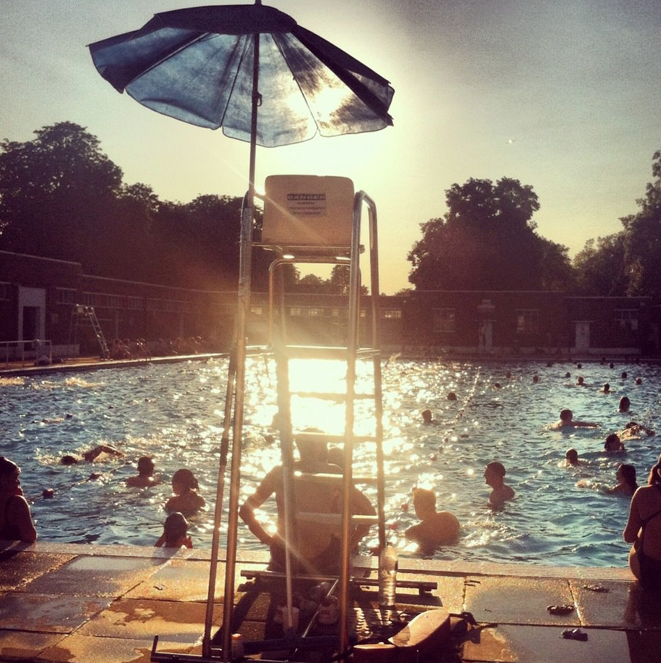 Costa del Brixton, Brockwell Lido on a sunny evening