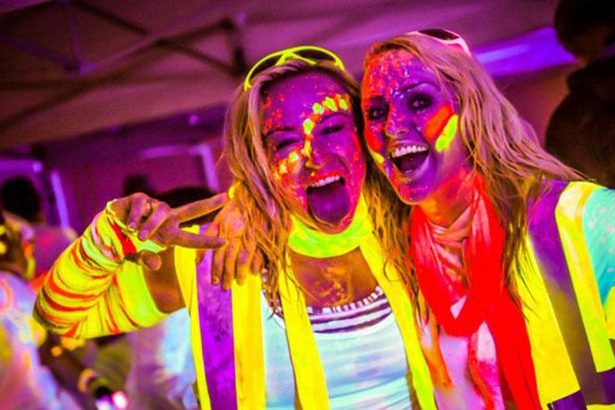 neon glow fun run