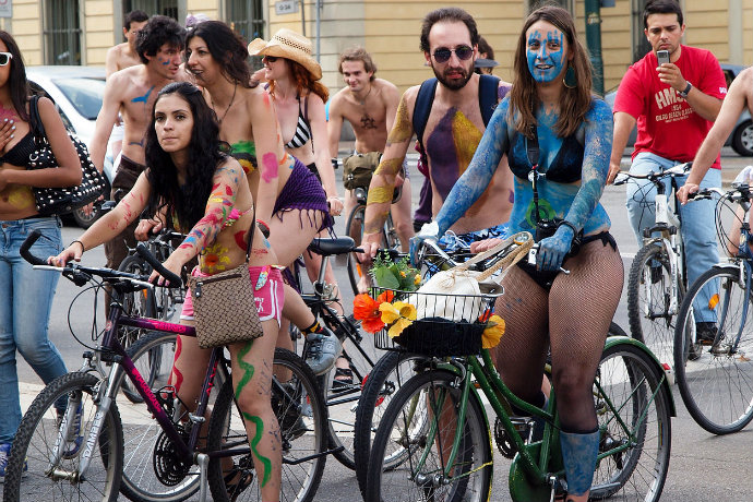 World_Naked_Bike_Ride_2010_in_Turin