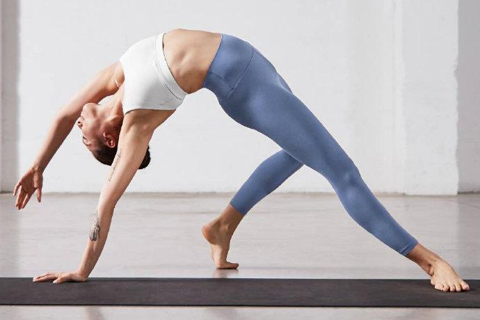 lululemon free yoga
